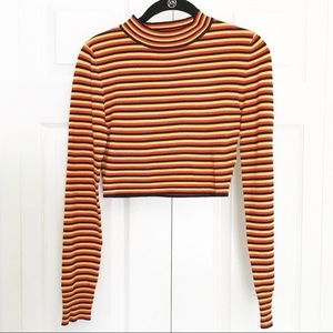 NWOT Cropped mock turtleneck - Silence+noise
